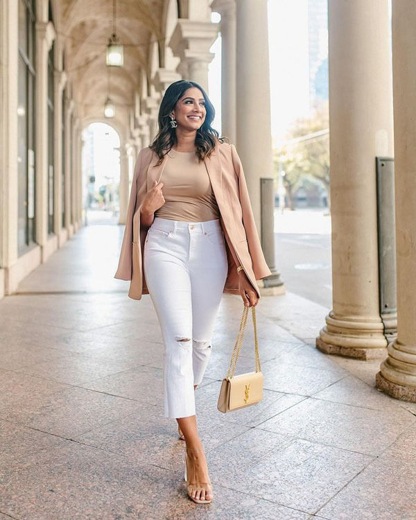 С чем носить белые джинсы летом 2021